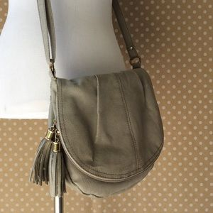 Gray shoulder or crossbody purse